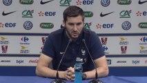 Foot - Euro - Bleus : Gignac «Les attaquants sont les premiers défenseurs»