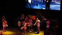 La Floripondio - Dime Que Paso (25 Años de Los Fiskales Ad-hok, Teatro Caupolican, 10-11-2011)