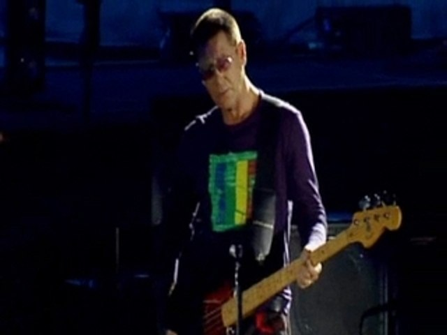 U2 Out of Control Live in Slane Castle 2001