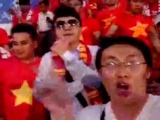 Đi xem bóng đá! Cố lên Việt Nam ơi