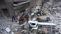 مقتل ثلاثة مدنيين في قصف جوي على حي بستان القصر في حلب