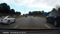 Ce conducteur pête un câble quand il se fait doubler par un autre conducteur