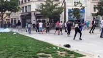 Un supporter Anglais mis KO et frappé au sol par des jeunes hooligans