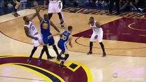 LeBron James prend la tête d'un joueur entre les jambes en pleine finale NBA