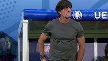 Le coach Allemand se gratte les parties et renifle ses mains ! Fail Joachim Löw Euro 2016