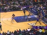 03 17 2006   Lakers vs1  Nets   Kobe To Smush For The Alle