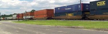 CSX Q121 at Folkston, Ga. on 6-17-10