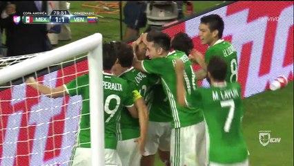 Le Mexicain Corona marque un but génial contre le Venezuela