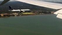 Atterrissage de 2 avions exactement en même temps à l'aéroport !