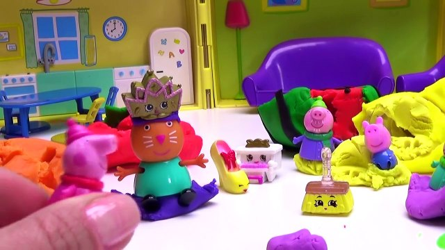 Peppa Pig play doh fruit   Hide and Seek game
