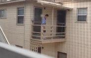 Un locataire qui n'a pas payé son loyer se fait retirer son escalier par son propriétaire !