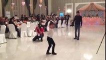 Поддерживаю восторг гостей! Эта малышка отожгла лезгинкой на свадьбе так, что весь зал забыл о молодоженах. Талантище