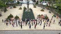 Les écoliers de La Madeleine font leur flashmob