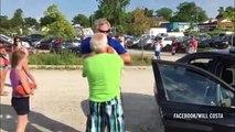 Il sauve un chien enfermé dans une voiture en plein soleil
