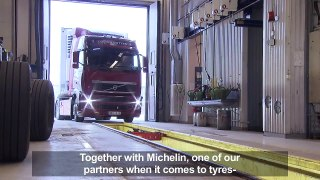 Volvo Trucks - Test shows that simple measures can cut fuel cost by 15 percent