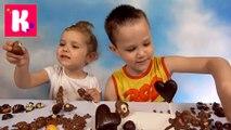 У Кати с Максом шоколадный Челлендж конфетки вкусные или с зелёным перцем физалисом кушаем шоколадные конфеты видео 2016