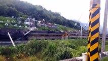 Train derails in Taiwan injuring passengers