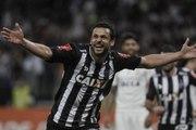 Galo forte! Atlético vence o Corinthians na estreia de Cristóvão Borges