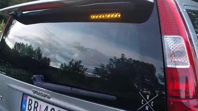 '07 V70 AWD rear window strobes