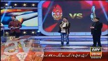 Serious Fight Between Comedian Ali Hassan & Waseem Badami in a Live Show Har Lamha Purjosh