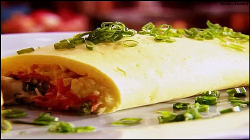 Recipe Smoked salmon and cream cheese omelette with spring onions
