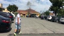 Un homme se retrouve piégé dans sa voiture en feu et personne ne vient le sortir (sauf un homme)