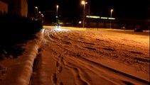 500 Abarth with snow tyres bridgestone blizzak lm 25 in ice and snow street