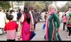 Amazing Dance on Roads Hot Pakistani Girls of Lahore Pakistan
