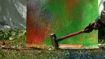 Explosions de bombes de peintures filmées au super ralenti !