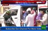 See How Amjad Sabri's Family Reciting On Amjad Sabri's Grave - dailymotion