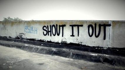 Balkan Beat Box - Shout It Out (Lyric Video)