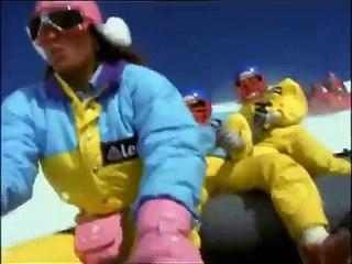 Descente à toute vitesse en Rafting sur neige
