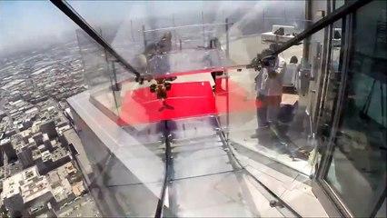 Skyslide : Un toboggan de 300m de haut