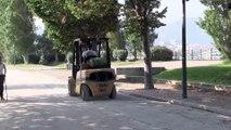 Préparatifs du Mondial à pétanque au parc Borély à Marseille