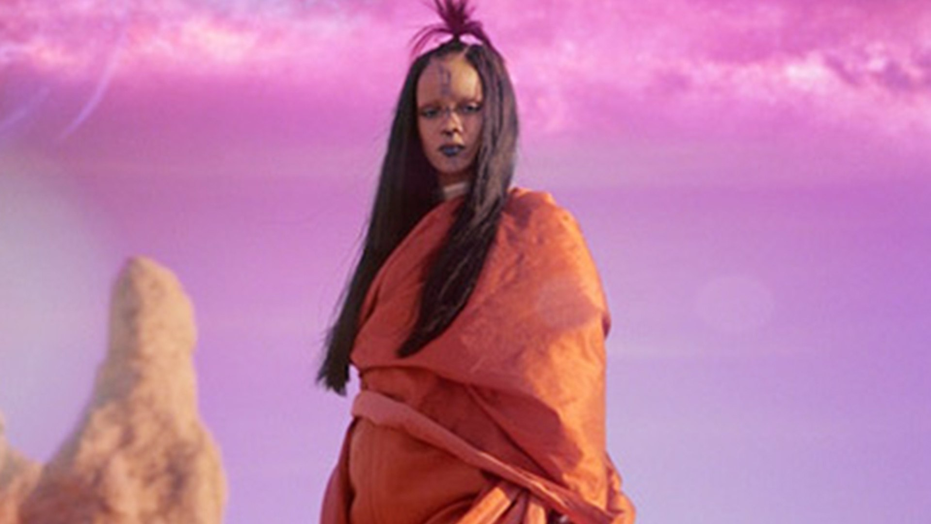 Rihanna Sledgehammer Music Video from Star Trek Beyond