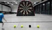 Foot Darts, le jeu de fléchettes géant avec un ballon de foot !