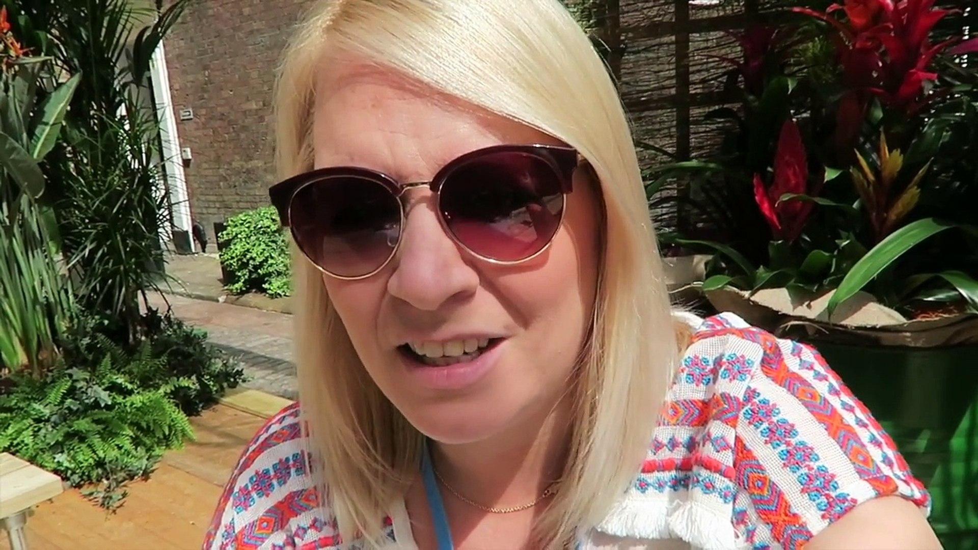 Weekend Vlog 10 - London, Losing & Looking Like Tupac