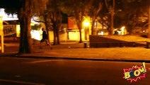 Blague du sniper à l'arrêt de bus