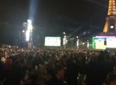 Spectaculaire mouvement de foule pendant le match Allemagne - Italie dans la fan zone de Paris !
