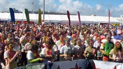 Calais : la Holi Run a rassemblé environ 1400 coureurs