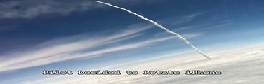 Ce passager d'un avion voit une roquette lancée dans le ciel - Flippant