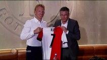 05-07-2016 Dirk Kuijt zet handtekening onder nieuw contract bij Feyenoord