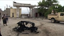 Une base de l'armée attaquée puis reprise au Yémen, 16 morts
