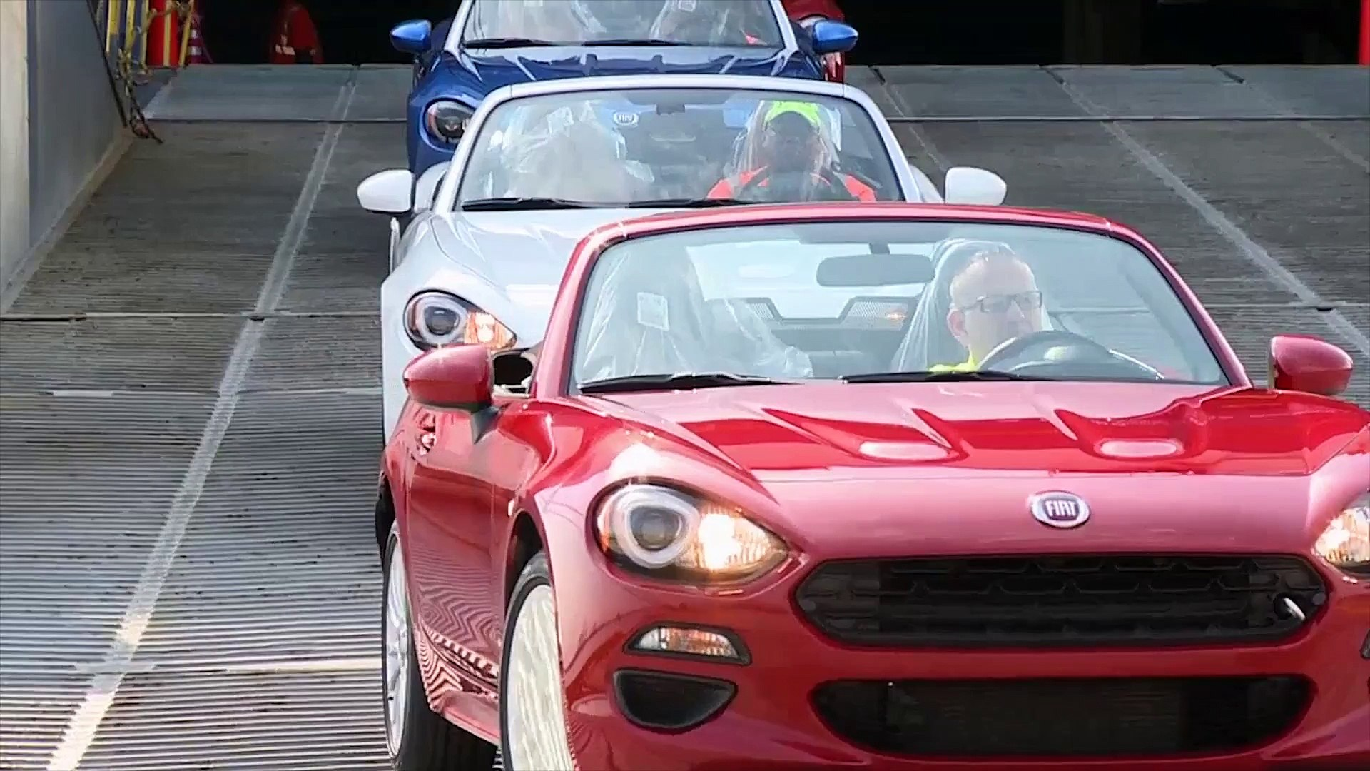 2017 Fiat 124 Spider Arrives in America