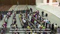 Le pape François reçoit 200 Français en situation précaire