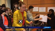 20160429-F3Pic-19-20-Amiens-Loi Travail : évacuation de la mairie
