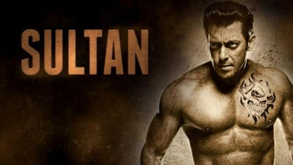 Salman Khan Watches SULTAN Movie With Family    Bollywood News    News Adda