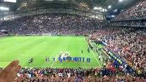 Les Bleus font le clapping Islandais avec les supporters du Vélodrome !!!