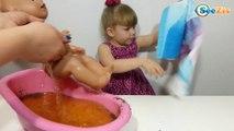 ✔ Беби Борн и девочка Ника Видео для детей Купание в ванне с бомбочками! Baby Born Bathtime ✔