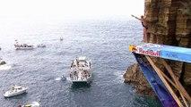 Adrénaline - Red Bull cliff diving : Cinquième édition aux Açores (Sao Miguel, Portugal)